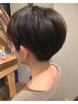 エイトヘアー(eight. hair)スッキリタイトなショート