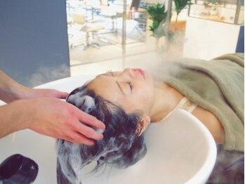 ノアフライ(NOAH FLY)の写真/【髪と心を癒す】本格バリ式クリームバス♪選べる香りのクリームで癒されながら綺麗な頭皮も手に入れて♪
