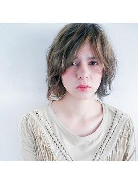ヘア デザイン ヴェルダ(hair design Verda)【VERDA】スモーキーグレージュショート