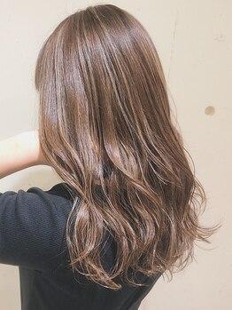 マリーナヘアー(marina hair)の写真/ダメージレスにトレンド感ある垢抜けカラーへ!トリートメントも合わせた、ケアしながらのカラーも◎