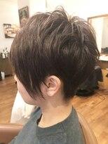 テトラ ヘアー(TETRA hair)2ブロックアシメショート