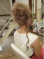 盛り髪(盛りヘア)の盛り髪&カール画像