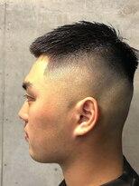 メンズ刈り上げ短髪クルーカットクロップスキンフェード
