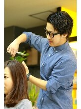 ヘアークリエーション アンベリール(hair creation embellir)大浦 心