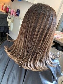 """オハナ(OHANA)の写真/日本人の髪のケアに特化した""""Aujua""""1人ひとりに合ったケアを選べるから理想の髪質も思いのままに♪"""