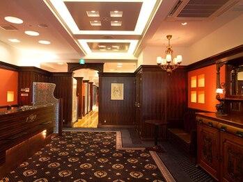 ラモードイワイインターナショナル(La Mode IWAI international)の写真/高級ホテルのような贅沢感♪ガウンサービスや豊富なドリンク、周りが気にならないプライベート空間が魅力。