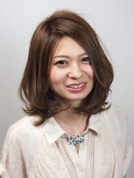 ヘアーメイク カリユ(HAIR MAKE kariyu)の写真/繰り返しの根元染めでもダメージが気にならない!頭皮ケア付き白髪染めPLANで自信の持てる美髪に変わる★