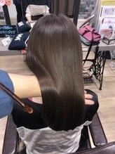 ルーミールーム(RoomieRoom)・・・トリートメント・頭皮改善・髪質改善・・・