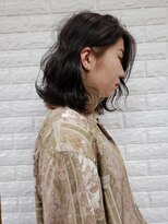 黒髪とインナーカラー《個性的+モード+黒髪》
