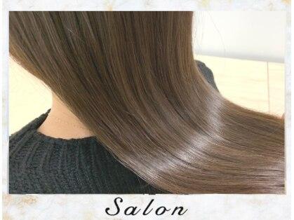 サロン(Salon)の写真