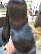 デザイナーズヘアー ラグジス(Designers hair LUXIS)~【LUXIS海老名】~話題の髪質改善ケラテックスメント♪