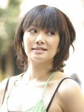 ビューティーサロン アオラキ(Beauty Salon AORAKI)ゆるカール&重ためのカットでカワイイエレガントスタイル