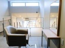 メロリッチ(MELLORICH)の雰囲気(階段を上がると完全個室フロア、施術が全て可能な設備あり!)