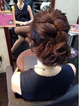 結婚式 髪型 編み込みヘアアレンジ 大人カジュアル編み込みアップ☆