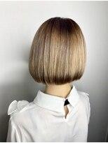 ソース ヘアアトリエ 梅田(Source hair atelier)【SOURCE】艶サラミニボブ