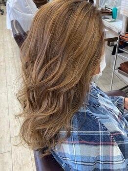 """オズルーツ OZ Rootsの写真/高技術でリピーター多数♪《トレンド×自分らしさ》周りと差がつく、あなたの""""理想の髪色""""を叶えます☆"""