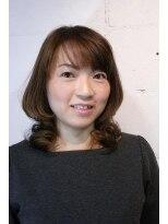 ソリッソ(sorriso)大人女子の憧れの的ミディアムヘア