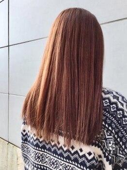 プランタンエーアール(printemps ar)の写真/【前潟イオンそば♪】《カット+縮毛矯正+トリートメント¥13750》で、柔らかい自然なストレートが叶う。