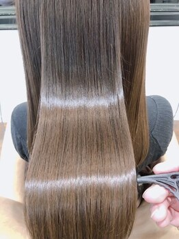 """ヘアーデザイン リマ(Hair Design Lima)の写真/話題★驚異のトリートメント<ミネコラ>圧倒的なツヤ感と指通りで""""質感矯正""""という新ジャンルのケアを実現"""