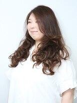 美容室 シュール(SUR)ゴージャスな毛束感でふんわり愛されスタイル
