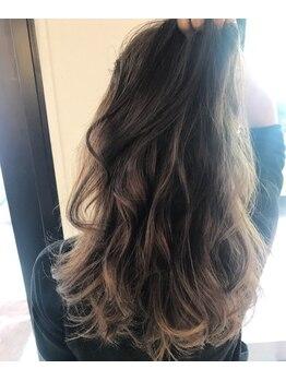 ラグジー(Luxy HAIR RESORT)の写真/《輝くツヤ》と《キレイな発色》が叶う!見た目も手触りも大満足☆どの角度から見られても怖くない♪♪