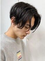 フィフス(fifth)センターパート/かき上げヘア/ツーブロック/パーマ/黒髪/大人○