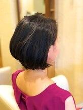 ヴィサージュロカ(VISAGE Loca)頭の丸みが綺麗なオトナショート