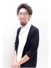 ヘアーサロンデルミック(hairsalon de LUMIC)鈴木 健太郎