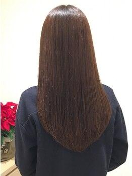 シャルロット(CHARLOTTE)の写真/【TOKIO熱インカラミTr/髪質改善ストリートメント】革新的システムで集中補修◎髪本来の自然な艶と質感へ―