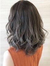 ドゥールウェスト(Hair Make Duul West)
