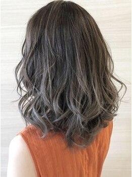 デュールウェスト(Duul West)の写真/白髪染めしながら最旬のデザインカラーが楽しめる!ハイライトで透明感を演出♪お洒落カラーを諦めないで◎