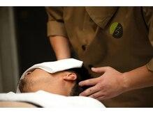 バーバーバー 八広(BARBER-BAR)の雰囲気(話題の頭筋膜リリースで寝落ち続出。眠りの質を改善。<理容室>)