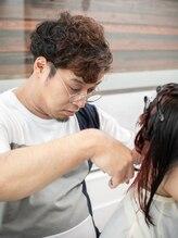 ヘアクリエイト カルム(Hair create CALME)田中 延彦