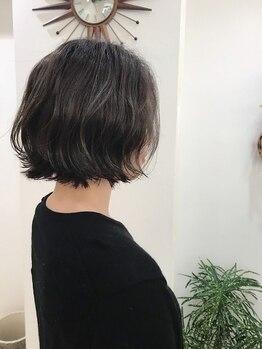 """ヘアーメイクピージェートゥー(Pj2)の写真/悩みや髪質に合わせたオートクチュール施術で、髪本来の健康的で艶感たっぷり美しい""""素髪""""へと導きます☆"""