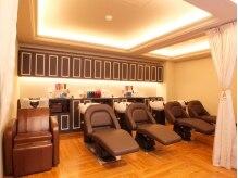 エール 梅田(aile Total Beauty Salon)の雰囲気(フルフラットのシャンプー台で夢心地シャンプー&スパ♪)
