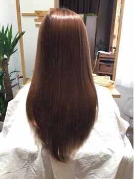 グロー(hair make grow)の写真/湿気による髪のうねり・広がりのお悩みを解決!潤い・しっとり質感に自信アリの柔らかストレート♪