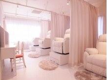 エール 梅田(aile Total Beauty Salon)の雰囲気(ゆったりと過ごして頂けるアイラッシュブースです☆)