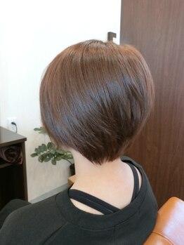 """ヘアー クリエイション(Hair Creation)の写真/【ライフスタイルに合った大人ショートをご提案◎】幅広いデザインを創造する""""Hair Creation""""のカット。"""
