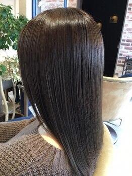 ユシカ(YUSICA)の写真/【髪質改善】栄養成分たっぷり配合★当店自慢のサイエンスアクアで、振り向き美人を目指しましょう♪