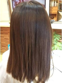 コーボ(COVO)の写真/【北上】髪のダメージをとことん抑えた縮毛矯正で、ツヤ感もたっぷり☆風にふんわりなびくサラツヤヘアに♪