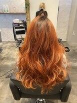 オレンジ×グラデーションカラー
