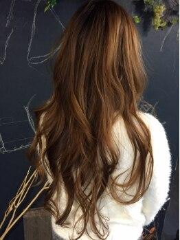 メーヴェ(MOEWE hair make & design ~メーヴェ~)の写真/忙しいママでも毎日綺麗でいたい。。大人女性から圧倒的人気のサロンで【朝の5分の時間のゆとり】を。