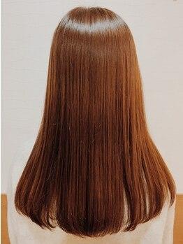 ヘアールーム(Hair Room)の写真/豊富なトリ-トメントをご用意♪ヘアケアマイスタ-による徹底ケア◎#ダメ-ジレス #カラ-色持ち #艶・ハリ