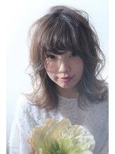 ヘアーアンドメイク シャンプー(hair&make shampoo)外ハネレイヤーカット