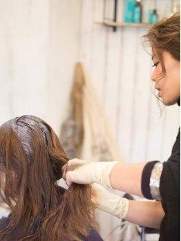 ジジ アドラーブル ヘア サロン(JiJi ADRABLE HAIR SALON)の写真/【京橋*2周年記念★21:00まで受付】30代以上のお客様の支持も高い【JiJi】モロッカンカラーでツヤ髪に♪