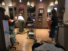 美容室 デュオ(DUO)の雰囲気(落ち着いた雰囲気の店内で、リラックスしながら綺麗に!)