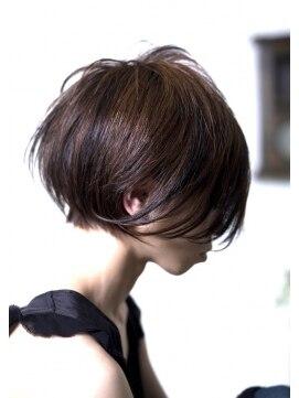ブルー ヘアーメイク(Blue Hair Make)ショート&ボブ
