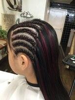 ワインレッドのエクステコーンロウスタイル髪