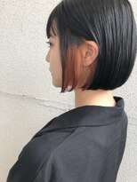 黒髪ボブでイヤリングカラー【eMii 鎌倉 高力】