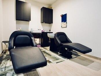 アロハナ(ALOHANA)の写真/癒しの上質空間と施術で、地肌から輝くツヤ髪に!ヘッドスパで極上の癒しを♪頭皮から毛先までしっかりケア!